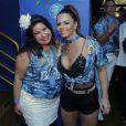 Viviane Araújo e Mariana Xavier posam juntos no camarote da Boa