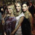 Carolina Dieckmann, Adriane Galisteu e Vera Viel posam na festa de casamento de Fernanda Souza e Thiaguinho