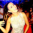 Fernanda Paes Leme se diverte na festa de casamento de Fernanda Souza e Thiaguinho