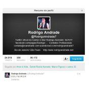Rodrigo Andrade posta recado sobre fim de relação em rede social : 'Solteiro!'