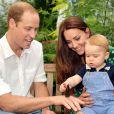 Príncipe Charles teria reclamado com amigos que William e Kate Middleton não o deixa ver o neto, George Alexander Louis