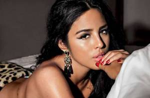 Yanna Lavigne, namorada de Bruno Gissoni, posa sensual para capa de revista