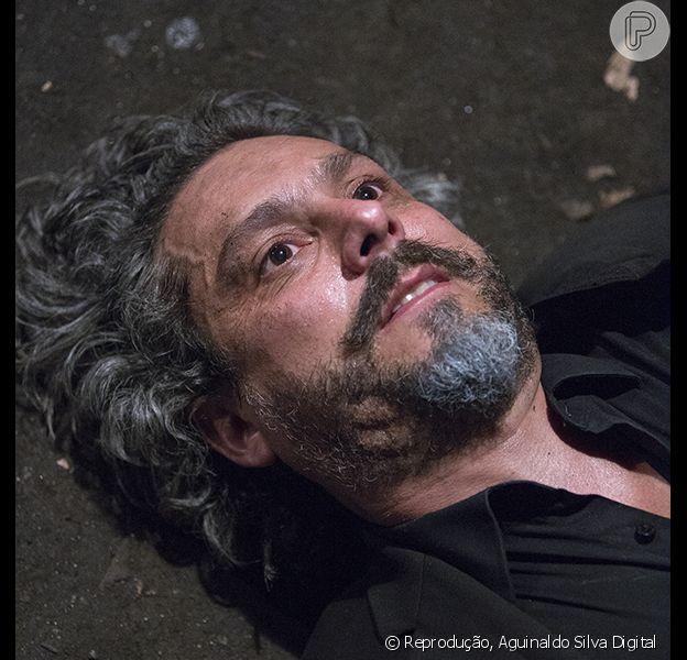 José Alfredo (Alexandre Nero) leva tiro de José Pedro (Caio Blat), no último capítulo da novela 'Império', nexta sexta-feira, 13 de março de 2015