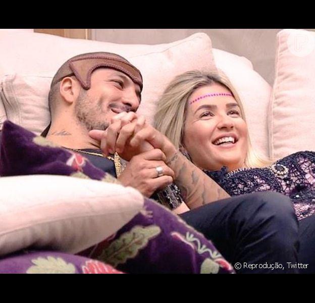 Aline apaga fotos de Fernando de seu Instagram após brother se aproximar de Amanda
