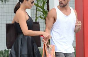 Juliana Paes passeia em shopping com o marido após se divertir em festa no Rio