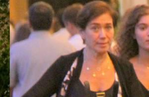 Lilia Cabral muda visual após 'Império' e desfila cabelo curto no shopping