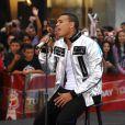 Um dos maiores hits da cantora Rihanna, a canção 'Disturbia', foi escrita por Chris Brown