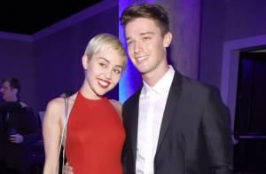 Miley Cyrus e Patrick Schwarzenegger continuam namorando após rumores de traição