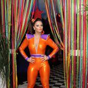 Viviane Araújo celebra aniversário com look justo e decotado: 'Meus 40 anos'