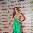 Marina Ruy Barbosa também escolheu um modelo de Patricia Bonaldi com top bordado em pedrarias e pérolas e saia de seda verde esmeralda