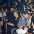Tom Brady, marido de Gisele Bündchen, faz surpresa para a mulher e assiste ao último desfile da modelo na primeira fila