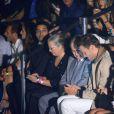 Na primeira fila, Tom Brady se sentou ao lado dos pais de Gisele Bündchen, Vania e Valdir, e das cinco irmãs da top, Raquel, Patricia, Rafaela, Graziela e Gabriela
