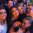 Famosos como Carolina Dieckmann, Juliana Paes e David Brazil marcaram presença na festa
