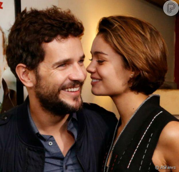 Sophie Charlotte namora há pouco mais de um ano o também ator Daniel de Oliveira, de quem se aproximou durante a preparação de elenco de 'O Rebu'