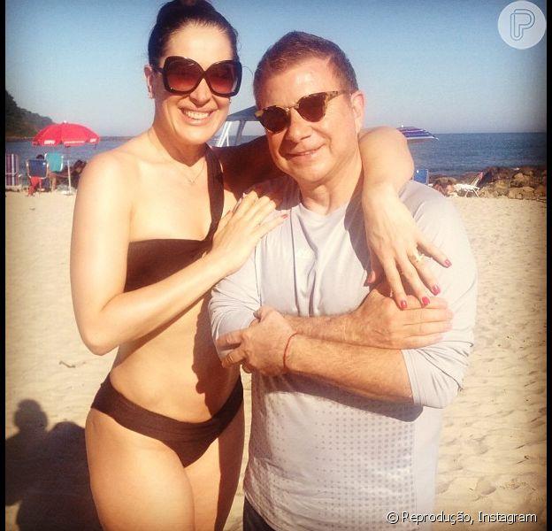 Claudia Raia exibe boa forma em foto publicada no Instagram, em 1 de junho de 2013