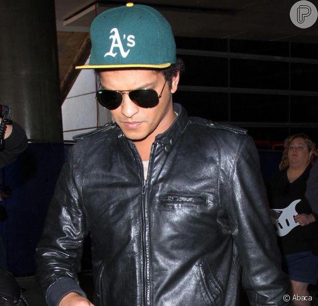 Mãe de Bruno Mars morre aos 55 anos, em 1 de junho de 2013
