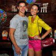 José Loreto e Débora Nascimento estão noivos desde 2013 e já dividem o mesmo teto