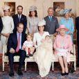 Família Real divulga fotos oficiais do batizado da filha caçula de William e Kate, Charlotte. A cerimônia aconteceu no último domingo, dia 05 de julho de 2015, na Inglaterra