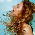 Mario Testino já fez a capa do álbum 'Ray of  Ligh ' da cantora Madonna, em 1988
