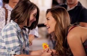 'Amor à Vida': Paulinha (Klara Castanho) pressiona Paloma, que conta ser sua mãe