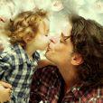 Fábio Assunção se declarou para a filha, Ella Felipa, de 2 anos: 'Me transforma'