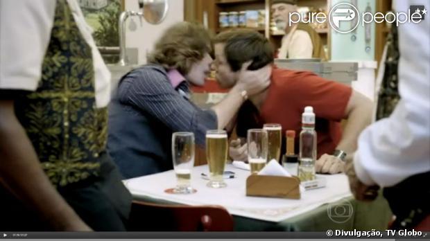 Fábio Assunção comenta cena de beijo gay em 'Tapas & Beijos', que foi ao ar ná última terça (25/06): 'Sou a favor da liberdade e do amor'