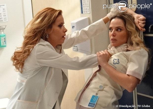 Glauce (Leona Cavalli) mata Elenice (Nathália Rodrigues) no capítulo desta terça-feira, 16 de julho de 2013, em 'Amor à Vida'