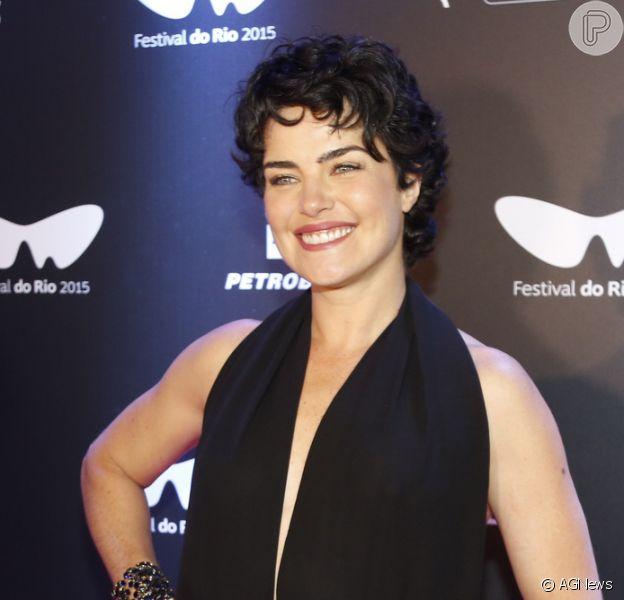 Ana Paula Arósio revelou planos de traduzir livro: 'É bom, né? Se um emprego não der certo a gente vai pra outro'