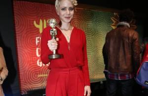 Leandra Leal ganha o Kikito de Melhor Atriz pela atuação no longa 'Éden'