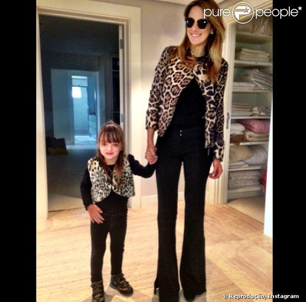 8b3bc80fcf5e5a Pais e filhos como Ticiane Pinheiro e Rafa Justus aderem moda dos ...