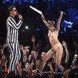 Miley Cyrus na apresentação do VMA, no último domingo (25)