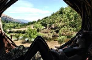 Lea Michele passa o feriado do dia do trabalho nas montanhas