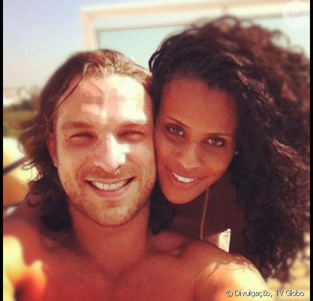 Igor Rickli é casado com a ex integrante da banda Rouge, Aline Wirley