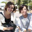 Simone (Andreia Horta) chega à Casa Verde procurando por Amora (Sophie Charlotte), mas a it girl finge que não a conhece, em 'Sangue Bom'