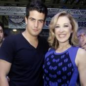 Enzo Celulari vai morar com a mãe, Claudia Raia, e estudar Administração em SP