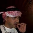 Wesley Safadão usou um turbante árabe e provou comidas e bebidas típicas da região