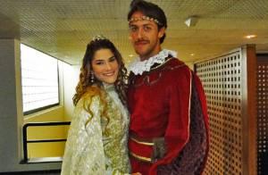 Priscila Fantin grava especial de fim de ano com o marido, Renan Abreu