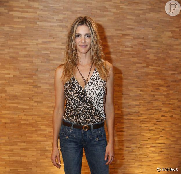 Fernanda Lima vai cantar a abertura de 'Amor & Sexo', em 2 de outubro de 2013