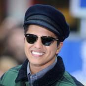 Bruno Mars completa 28 anos confirmado para se apresentar no Super Bowl, em 2014