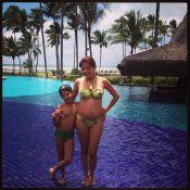 Nivea Stelmann, grávida, posa com filho durante viagem à Bahia: '2kg em 4 meses'