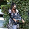 A atriz usou fantasia de noiva cadáver para a festa de Halloween