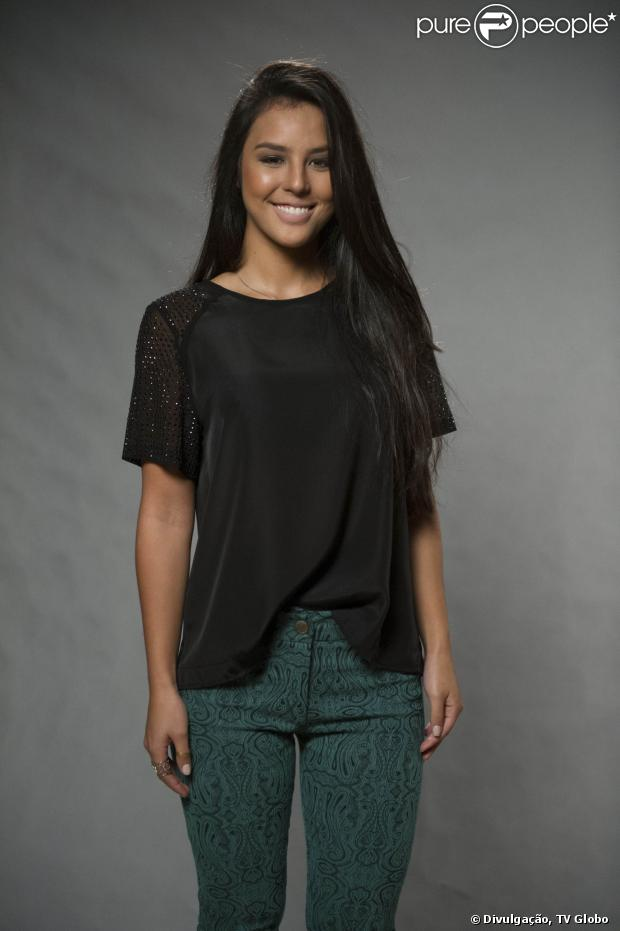Yanna Lavigne vai intepretar Ana Fátima em 'Além do Horizonte', em 22 de outubro de 2013