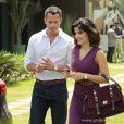 Aline (Vanessa Giácomo) pede que Bruno (Malvino Salvador) vá ao seu apartamento, em 'Amor à Vida'