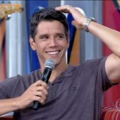 Márcio Garcia sobre manter os cabelos grisalhos: 'As mulheres gostam'