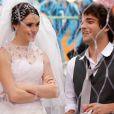 Isabelle Drummond e Humberto Carrão também fizeram par romântico em 'Cheias de Charme' (2012). Cida e Elano se casaram no último capítulo da novela
