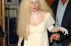 Lady Gaga sobre roupas excêntricas: 'Para não enfrentar a realidade'. Veja looks