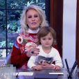Ana Maria Braga recebeu mais uma vez o neto Bento, de 4 anos, no 'Mais Você', nesta sexta-feira, 8 de julho de 2016