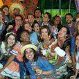 Fátima Bernardes se diverte em arraiá junino nesta sexta-feira (8)