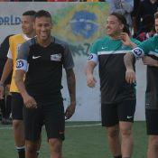Neymar e Wesley Safadão jogam juntos em campeonato de futebol amador em SP