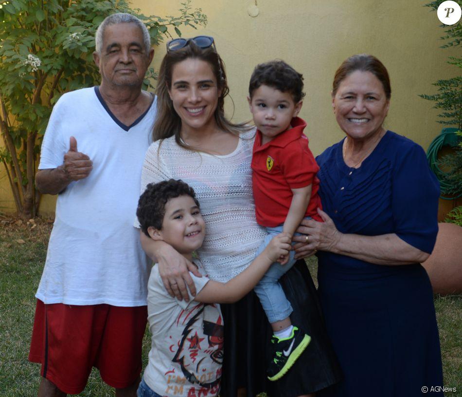 Wanessa Camargo desembarcou em Goiânia e foi direto para a casa dos avós Francisco e Helena, nesta segunda-feira, 11 de julho de 2016